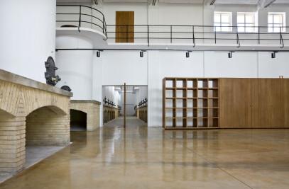 Bodega de Sarria - Winery and multipurpose room