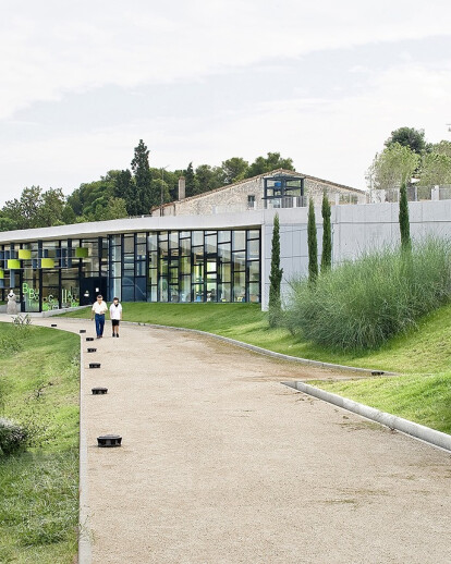 New Public Library, Park and restoration of Masia Can Llaurador in Teià