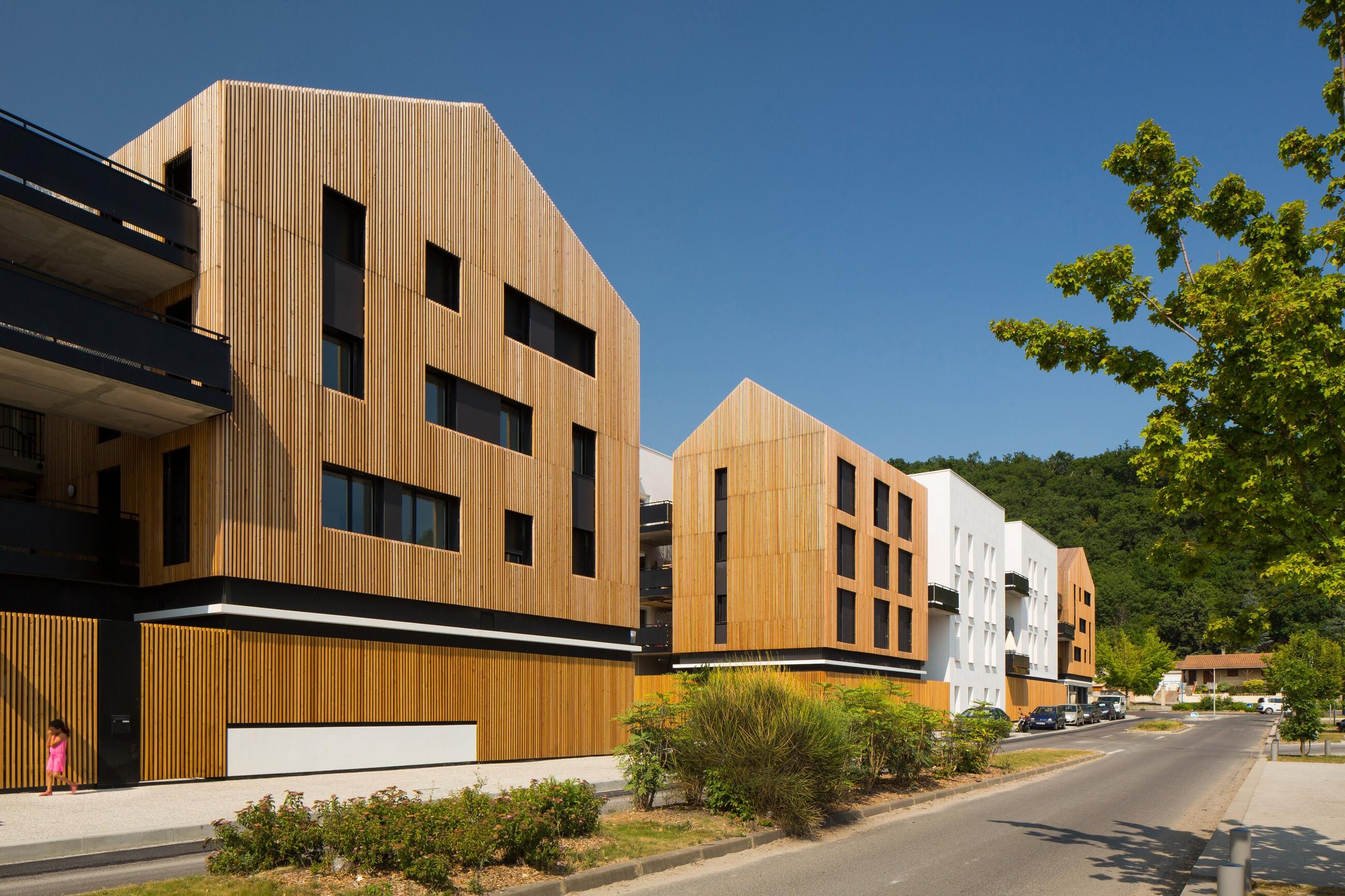 Aquitanis community housing