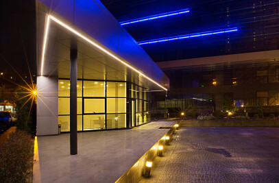 Akplaza Sales / Leasing Office Building