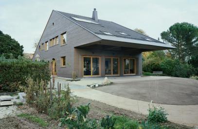 Maison R