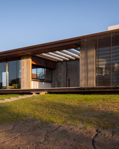 HOUSE ARCHITECT GASTON SIRONI