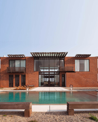 Luna Llena House