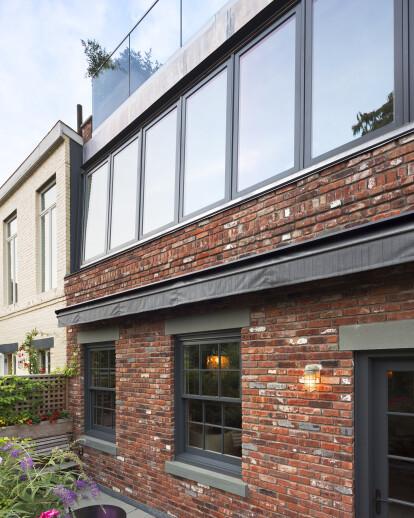 Hudson Street Mixed-Use Townhouse