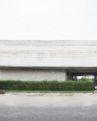 Solid Concrete Gallery as Living Artwork