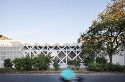 Extension of the Charly Chaplin school complex