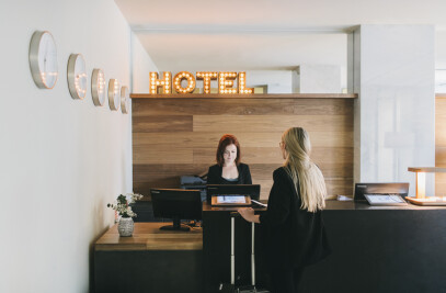 DEAR HOTEL