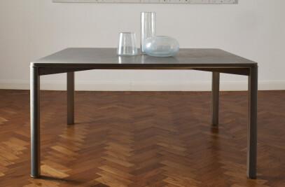 GREGORIO - dining table