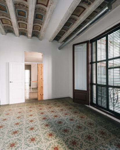 Renovation 19th century apartment