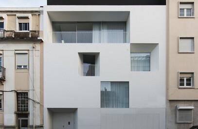 House in ajuda