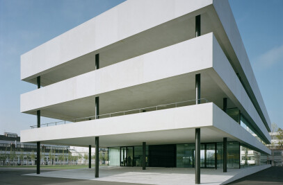 Roche Technical and Office Building
