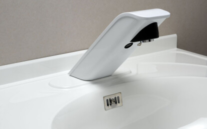 Istronic electronic faucet