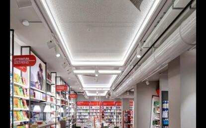 Mondadori megastore