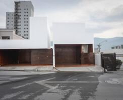 HOUSES FACADE