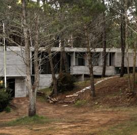 VALERIA HOUSE