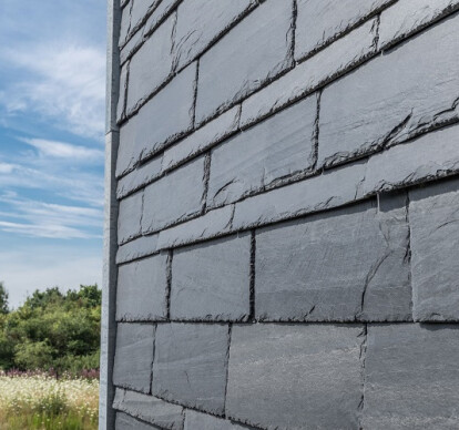 Loadbearing concrete blocks