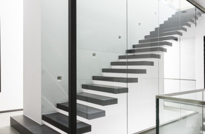 KRAGARM STAIRCASE WITH CLICK 2.0 SYSTEM