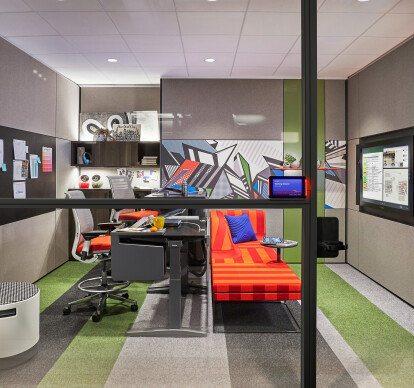 STEELCASE CREATIVE SPACES