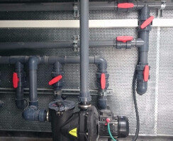 חדרי מכונות ומערכות בריכות שחייה - משאבת סינון