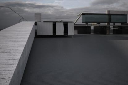House B - House for Mark Spitz: somewhere on the sea gianluca milesi architecture