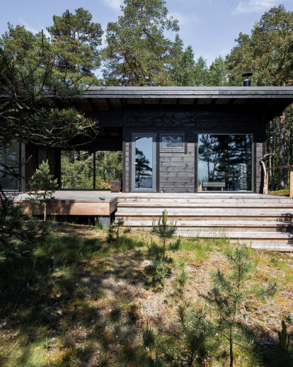 Modern Log Villa in Central Finland