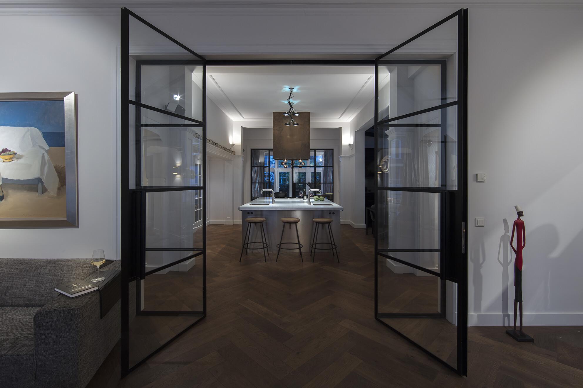 Renovation historical apartment amsterdam denoldervleugels