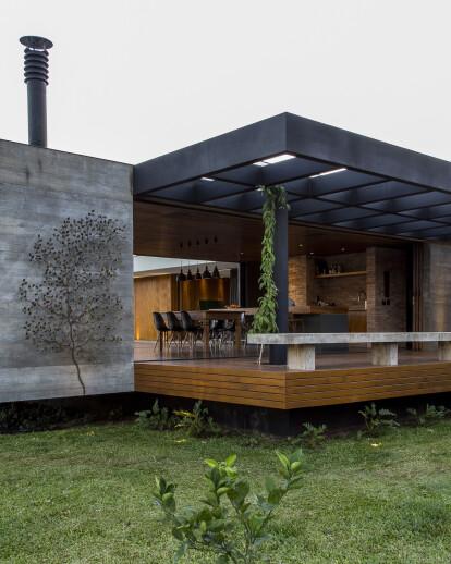 House MCNY