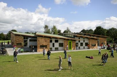 Montessori Primay School