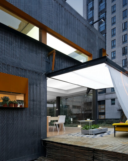 Transformable container house
