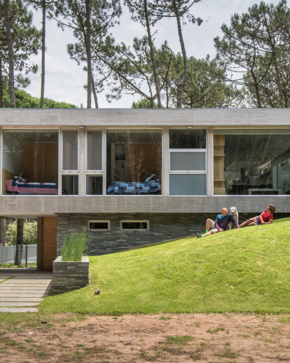 Kuvasz House
