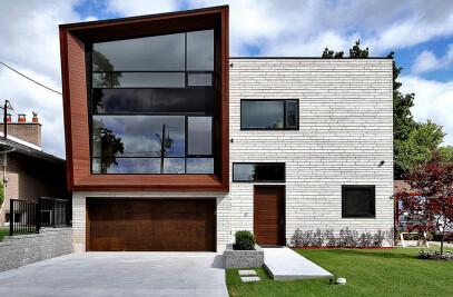 Landing House