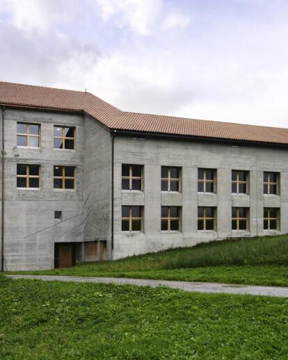 School Extension in Riom-Parsonz