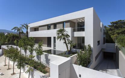 Moustroufis Architects