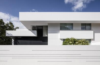 Black Core House