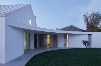 ANSIÃO HOUSE