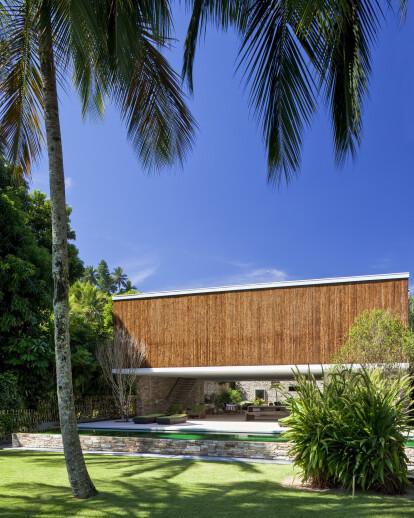 ilha bela house