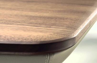 Flaye table