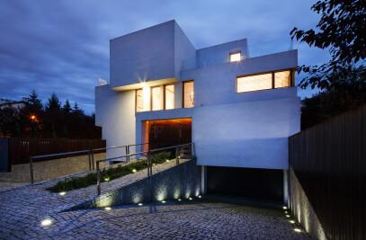 69 house (semi-detached)