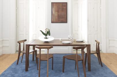 Raia Table
