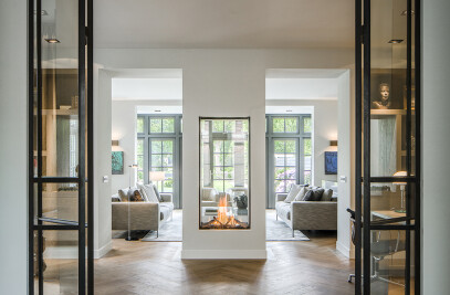 Warm and Modern with Sky Tunnel Fireplace