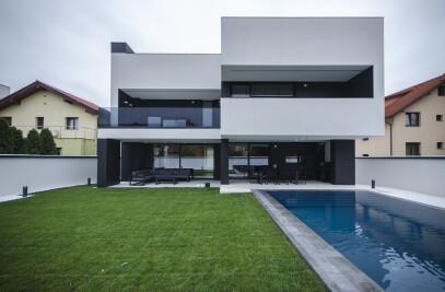 AK house