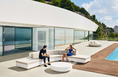 Round Sofa Vela