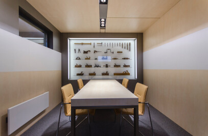A completely demountable office space