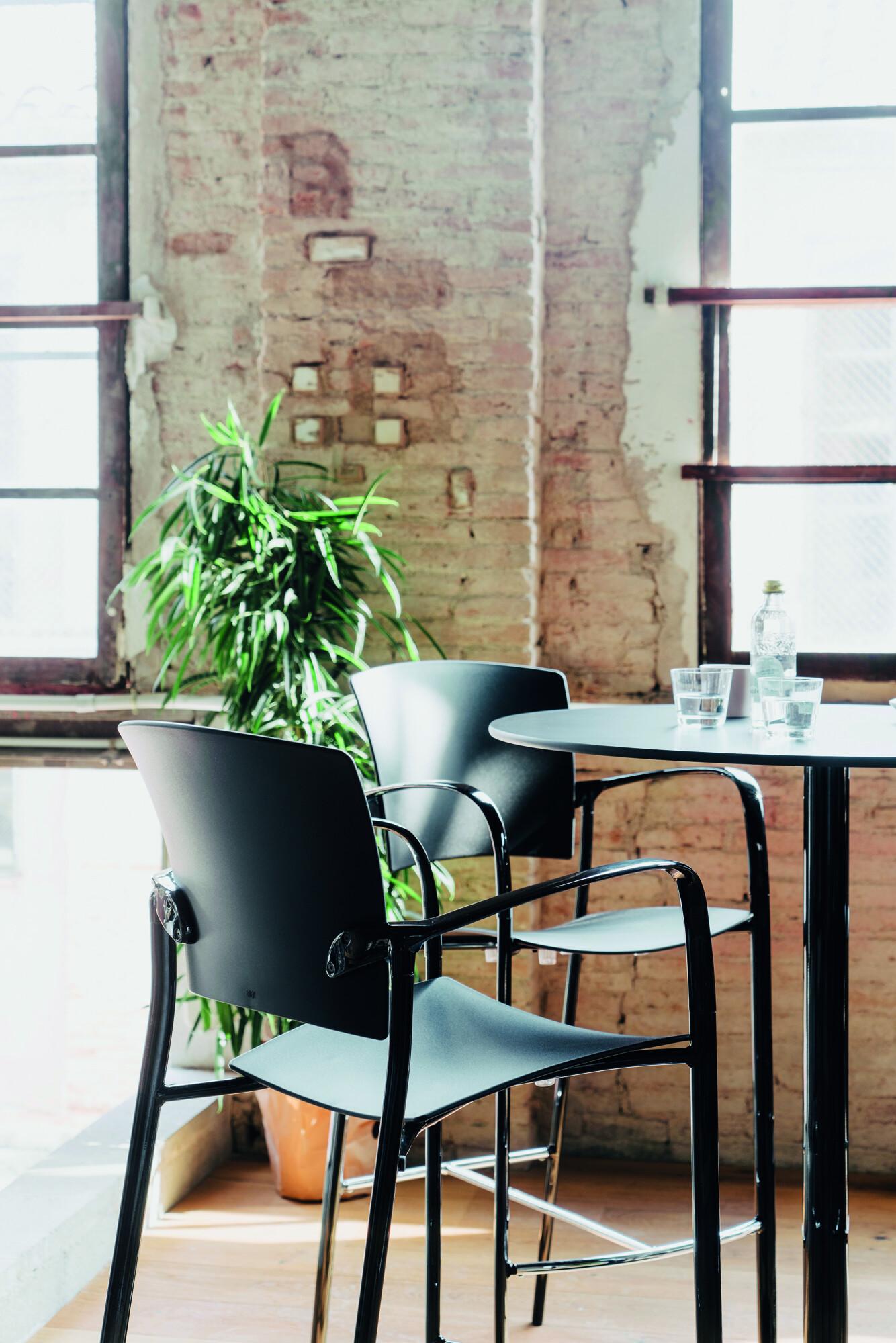 Eina stool