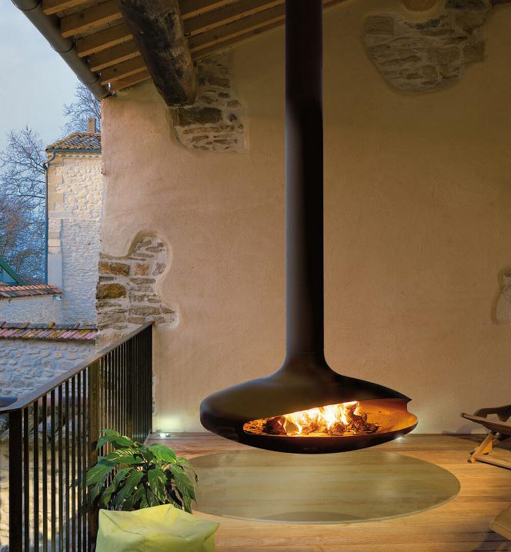 Gyrofocus Outdoor Fireplace