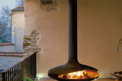 Gyrofocus Suspended  Outdoor Wood Fireplace