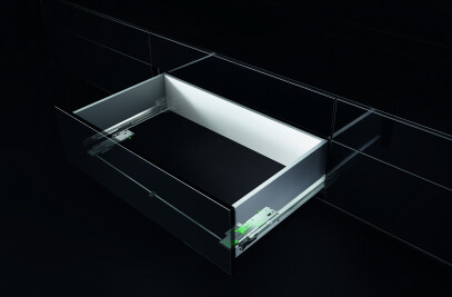 Tipmatic Soft-close handlefree Drawers