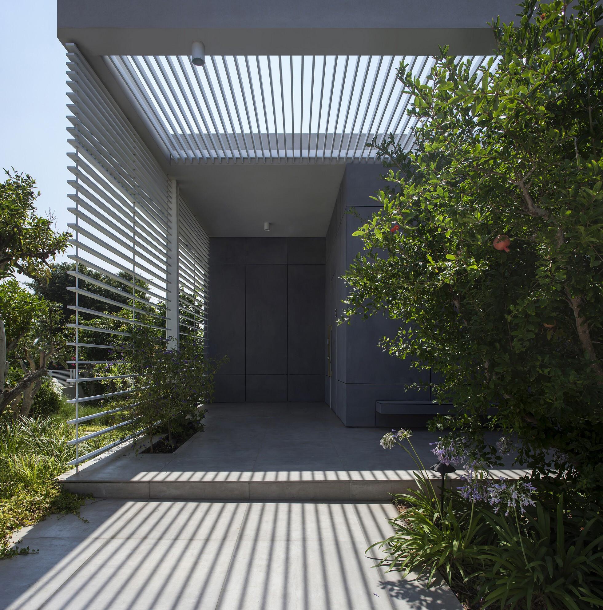 Jacobs-Yaniv Architects
