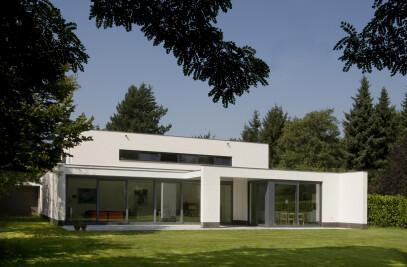 Villa J.L-V