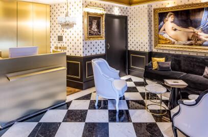 Hotel effeil petit louvre Paris - interior decorat